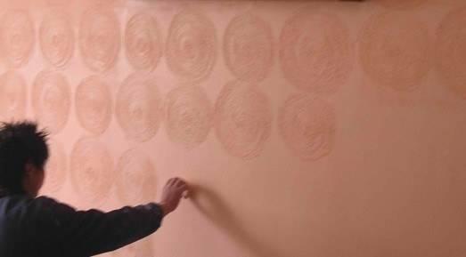 为什么会有墙纸起鼓/鼓包的问题