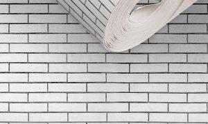 请问砖墙可以贴墙纸么?