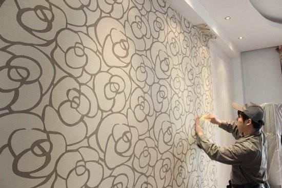 墙纸是不是很容易坏