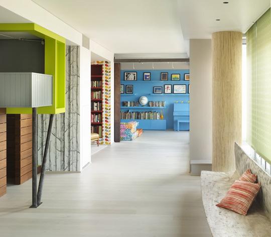 利用墙纸让新旧家具混搭出新风格