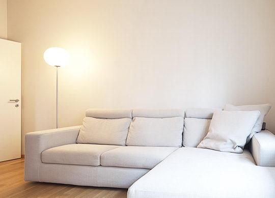 小单位的客厅,很容易显得单调且狭小