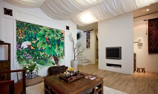 壁画与家具营造视觉张力