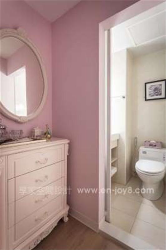 粉红色墙纸