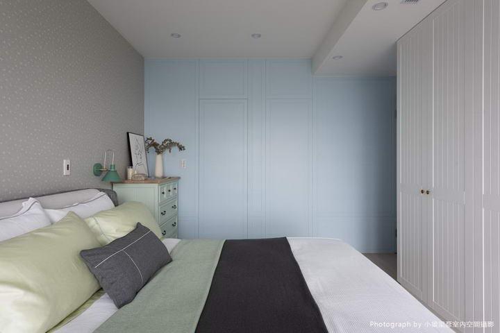 【墙纸装修案例】灰蓝粉蓝墙布集合,营造层次百出的英式蓝调插图(12)