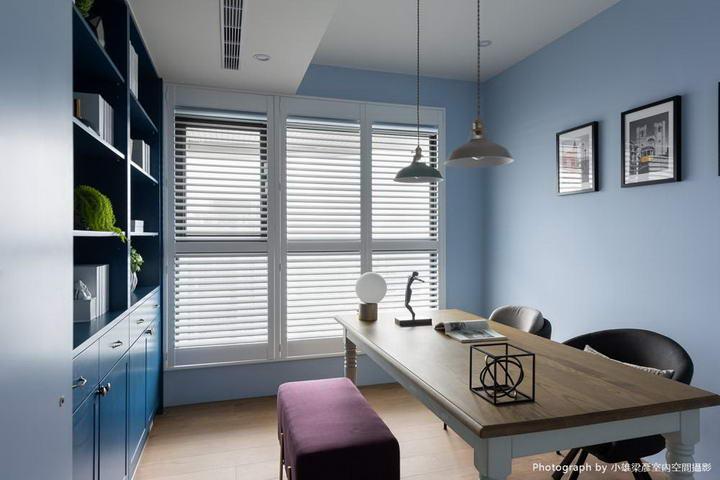 【墙纸装修案例】灰蓝粉蓝墙布集合,营造层次百出的英式蓝调插图(16)