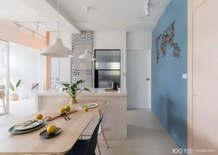 【装修案例效果图】墙布撞色搭配设计,让家里变好看插图(1)