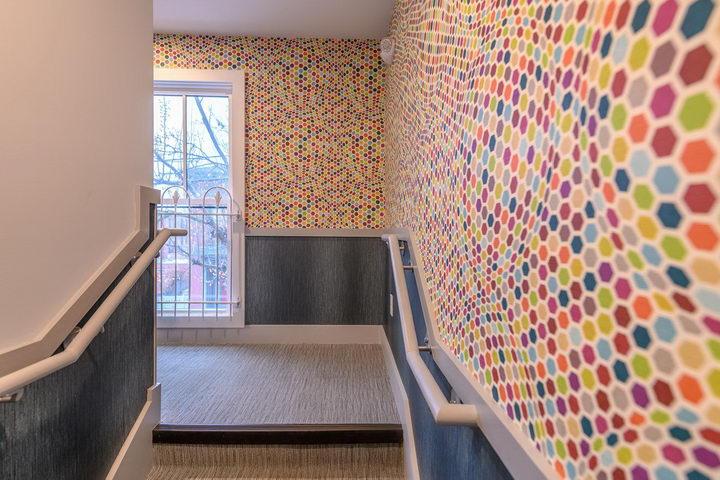 墙纸装修案例:用墙纸装修出神奇空间的美国旅馆插图9