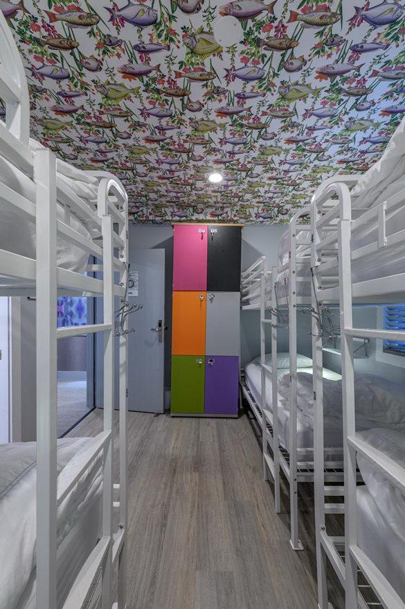 墙纸装修案例:用墙纸装修出神奇空间的美国旅馆插图4